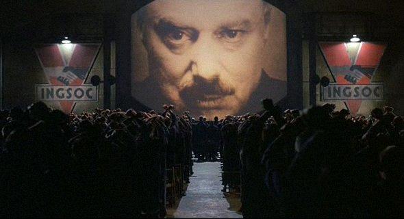 Scène d'ouverture du film 1984 par Michael Radford, sorti en 1984