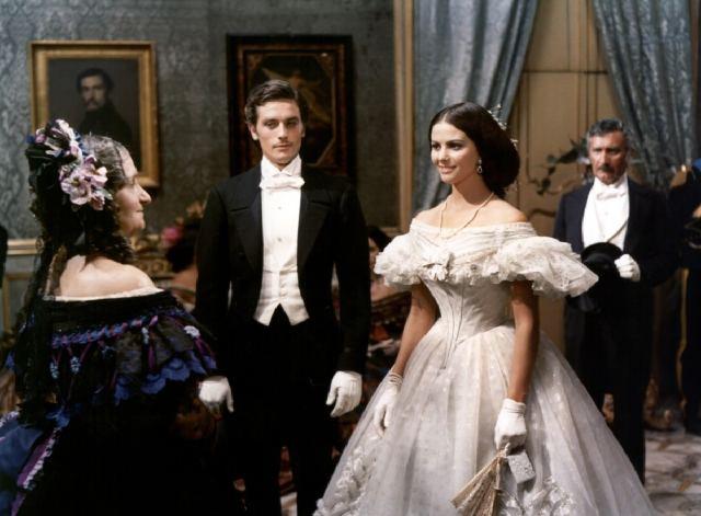 Le Guépard, de Visconti, 1963 : Tancrède (Alain Delon) et Angelica (Claudia Cardinale)